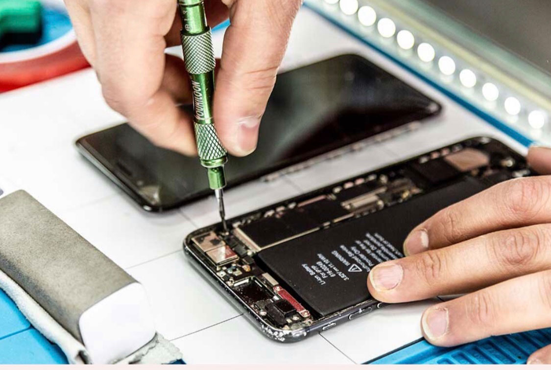 iPhone, Smartphone und Handy Reparatur in Lübeck